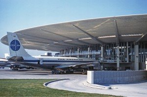 Boeing 707 at Worldport (JFK) in 1961
